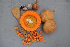 Crema della minestra della zucca Fotografia Stock