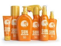 Crema dello schermo di Sun, petrolio e contenitori della lozione Protezione di Sun Fotografia Stock Libera da Diritti