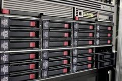 Cremalheira do armazenamento de dados  Fotos de Stock