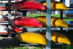 Cremalheira do armazenamento do caiaque Fotografia de Stock
