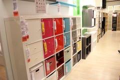 Cremalheira e caixa do armazenamento Fotografia de Stock Royalty Free