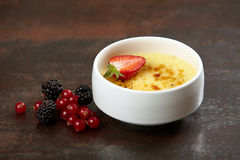 Creme brule dessert Royalty Free Stock Photos