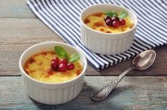 The creme brulee with mint Royalty Free Stock Photography