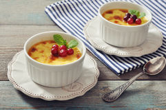 The creme brulee with mint Royalty Free Stock Images