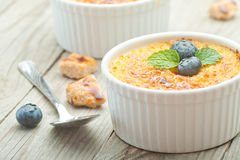 Creme brulee. Traditional French vanilla cream dessert Royalty Free Stock Photography