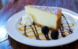 Creme brulee vanilla bean cheesecake Royalty Free Stock Photos