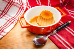 Creme caramel served with sweet syrup Royalty Free Stock Photos
