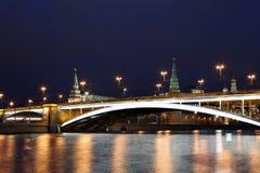 Cremlino di Mosca alla notte Fotografie Stock