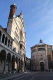Cremona: die Kathedrale und der Baptistery Stockfotos