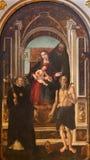 CREMONA, ITALIË, 2016: Het schilderen van Madonna, St Jerome, St Ann, en Nicholas van Tolentino Stock Afbeelding