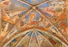 CREMONA, ITALIA, 2016: L'affresco del soffitto con lo St John l'evangelista in chiesa Chiesa di San Agostino Immagine Stock