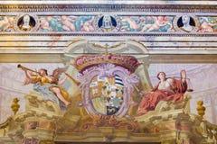 CREMONA, ITALIEN, 2016: Das Fresko von Engeln mit der Wappenkunde und den Trompeten in Chiesa di San Sigismondo Lizenzfreie Stockfotografie