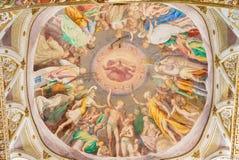 CREMONA, ITALIEN, 2016: Der Fresko Ruhm des Himmels auf cupoloa im Presbyterium von Chiesa di San Sigismondo durch Camillo Boccac lizenzfreie stockfotografie