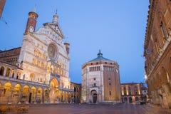 Cremona - katedralny wniebowzięcie Błogosławiony maryja dziewica półmrok obrazy stock
