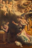 CREMONA, WŁOCHY, 2016: Annunciation farba w kościelnym Chiesa Di San Vincenzo Gervasio Gatti 1550, 1631 (-) Obrazy Royalty Free