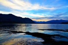 Crepúsculo de Wanaka del lago Imagen de archivo libre de regalías