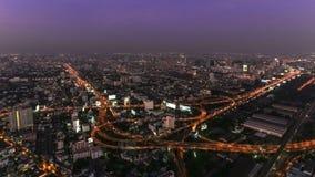 Crepúsculo del lapso de tiempo del paisaje urbano de Bangkok almacen de video