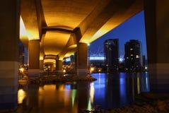 Crepúsculo del puente de Cambie, Vancouver Foto de archivo libre de regalías