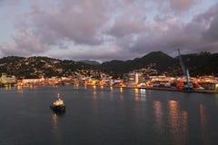 Crepúsculo en Castries, Santa Lucía, isla caribeña fotos de archivo libres de regalías