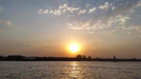 Crepúsculo en el río Nilo Foto de archivo libre de regalías