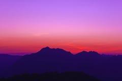Crepúsculo en la montaña Imagen de archivo