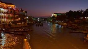 Crepúsculo en Naungshwe, Myanmar almacen de metraje de vídeo