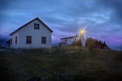 Crepúsculo, faro de la cabeza de la ensenada de la langosta Imagen de archivo