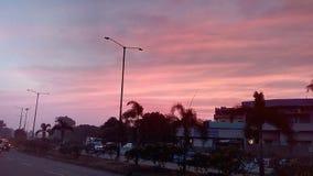 Crepúsculo na cidade fotografia de stock
