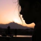 Crepúsculo na praia egípcia imagens de stock