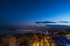 Crepúsculo na urbanização imagem de stock