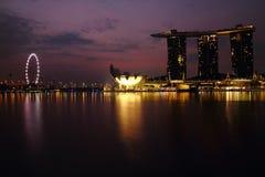 Crepúsculo no porto fotografia de stock royalty free