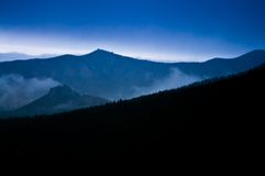 Crepúsculo rochoso da manhã Foto de Stock Royalty Free