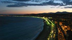 Crepúsculo sobre Niza, Francia Foto de archivo libre de regalías