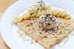 Crepe con helado Foto de archivo