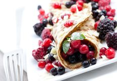 Crepe with mixed berry Stock Photography