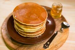 Crepes americanas del desayuno Imagen de archivo libre de regalías