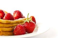 Crepes con las fresas Imagen de archivo libre de regalías