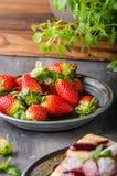 Crepes llenadas con las fresas Fotografía de archivo libre de regalías