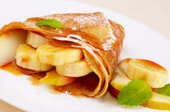 Crepes with maple sirup Royalty Free Stock Photos