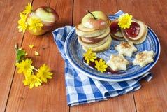 Crepes para el desayuno Imágenes de archivo libres de regalías