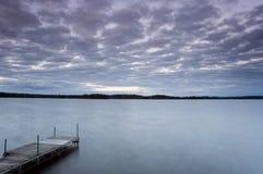 Crepuscolo nel lago 3 Fotografia Stock Libera da Diritti