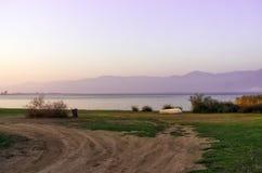 Crepuscolo nel lago Volvi Immagine Stock Libera da Diritti