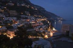 Crepuscolo in Positano, Italia Fotografie Stock Libere da Diritti