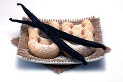 Crescend-vormige geïsoleerde vanillekoekjes Royalty-vrije Stock Afbeelding