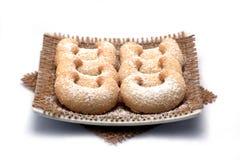 Crescend-vormige verwijderde vanillekoekjes Stock Fotografie