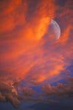Crescent Moom Sunset Arkivfoton