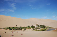 Crescent moon spring. An oasis in the desert,filmed in China's gansu dunhuang Stock Photos
