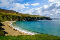 Crescent Shaped Beach Stunningly bonito fotografia de stock royalty free