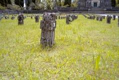 Crespi d'Adda工作者村庄:坟园 免版税库存图片
