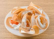 Crespones curruscantes tailandeses o crepe curruscante tailandesa Foto de archivo